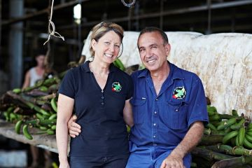 Foundation celebrates 16 years of support from Reef Champion banana growers